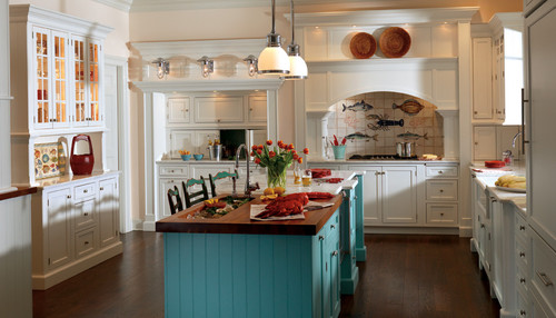 Cottage Style Kitchen Cabinetry Ideas