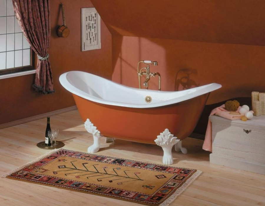 """Cheviot 2114-WW-..-7 Bathtub with Lion Feet - Faucet Holes Drilled at 7"""""""
