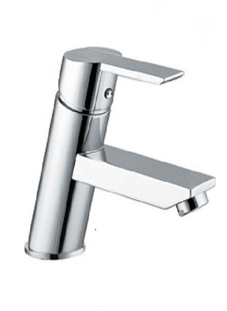 EVIVA EVFT149CH Midtown® Single Handle Lever Bathroom Sink Faucet in Chrome