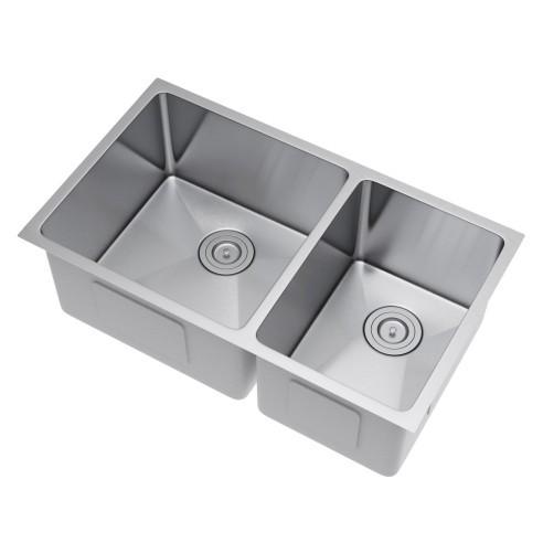 Exclusive Heritage KSH-3219-D6-UBS Undermount Kitchen Sink with Strainer
