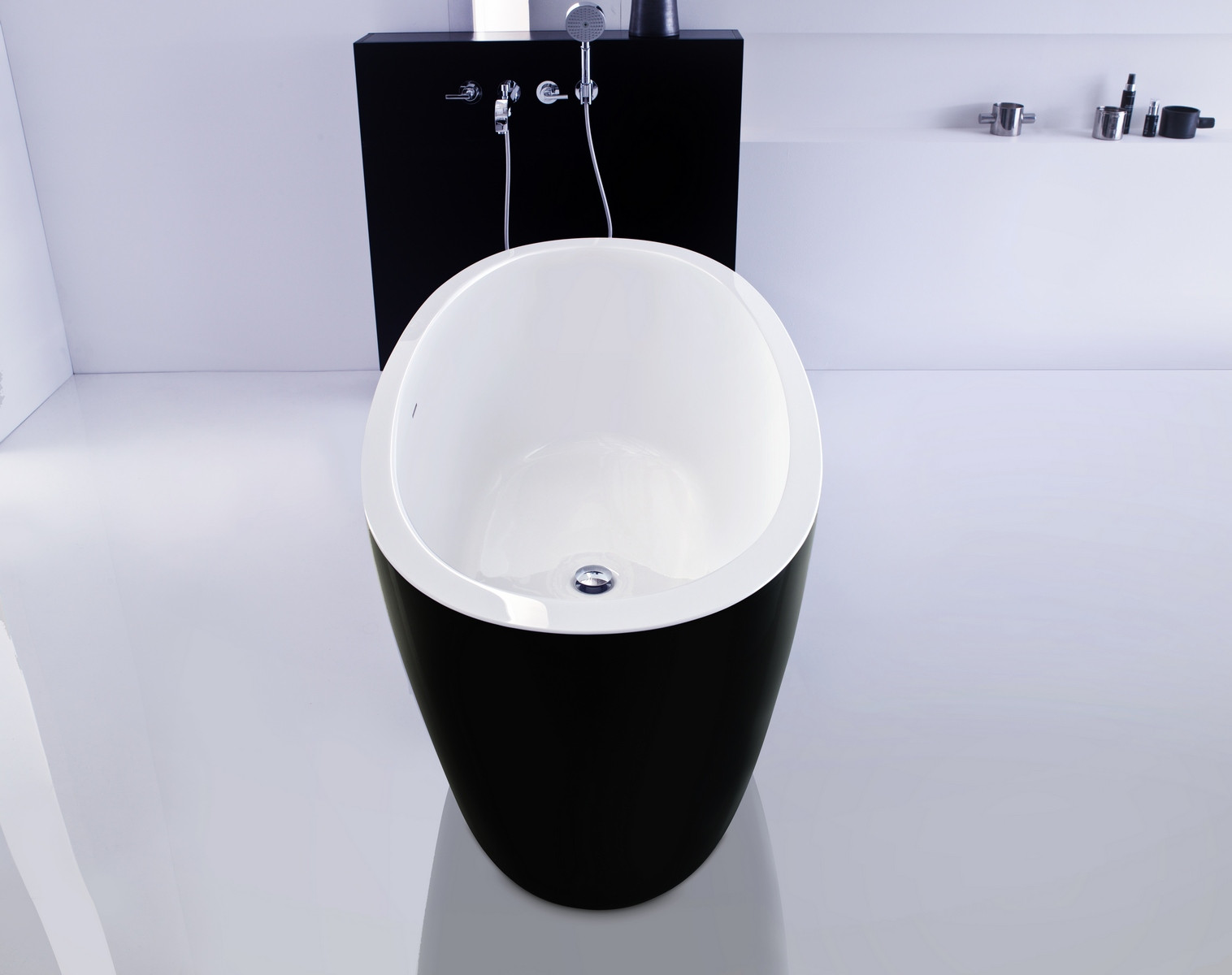 Aquatica PS174A-Blck-Wht PureScape Freestanding Acrylic Oval Shape Bathtub