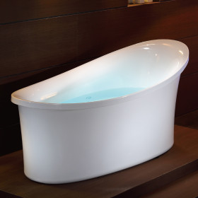 "EAGO AM1800 70"" White Free Standing Oval Air Bubble Bathtub"